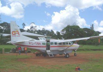 vlucht paramaribo schiphol